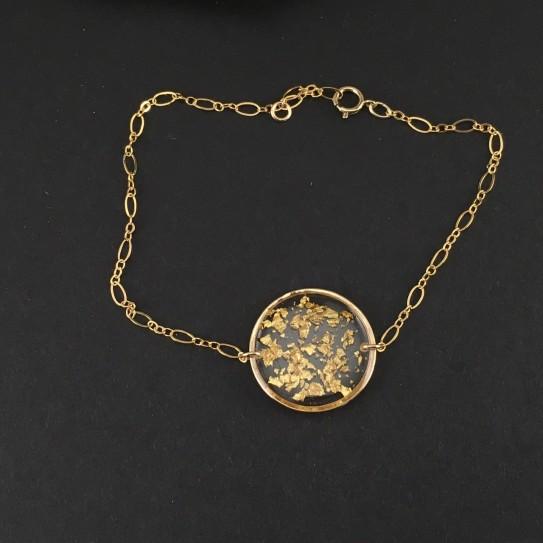 Bracelet fin doré médaillon en résine et feuille d'or 23 carats