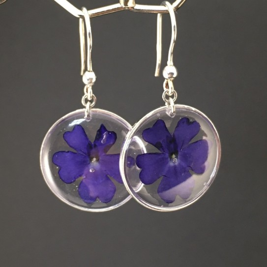 Boucles d'oreilles fleurs de verveine bleue crochets argent