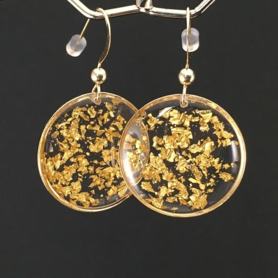 Boucles d'oreilles feuille d'or crochets courts