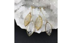 Boucles d'oreilles duo de navettes feuille d'or et feuille d'argent