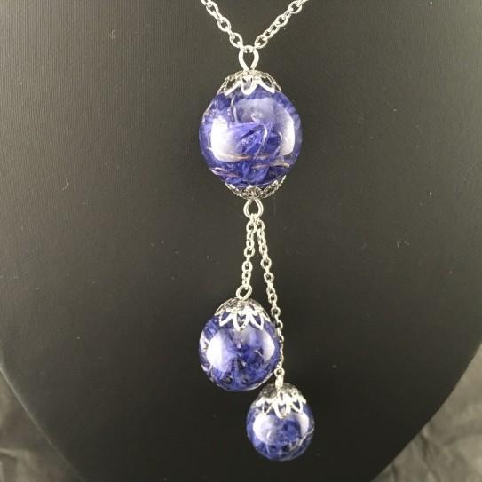 Collier cascade pétales de bleuet