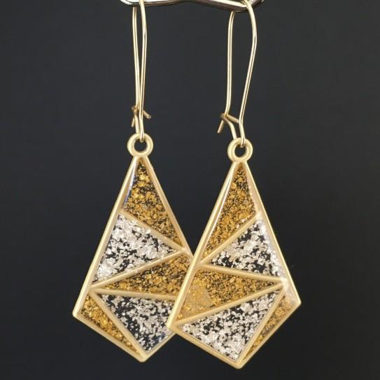 Modèle 1 - boucles d'oreilles cerf-volant doré mat inclusion feuille d'or et d'argent